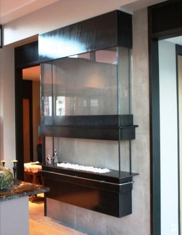 Biokominek. Konstrukcja stalowa wypełniona szkłem Clear Loft.