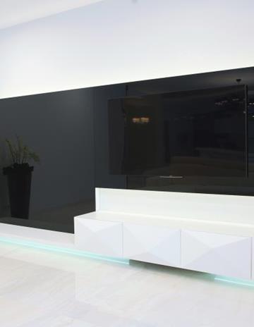 Czarne szkło lakierowane
