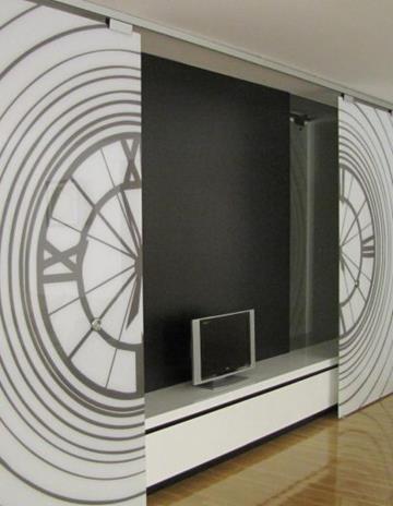 Drzwi przesuwne ze szkła bezpiecznego z laminowaną grafiką